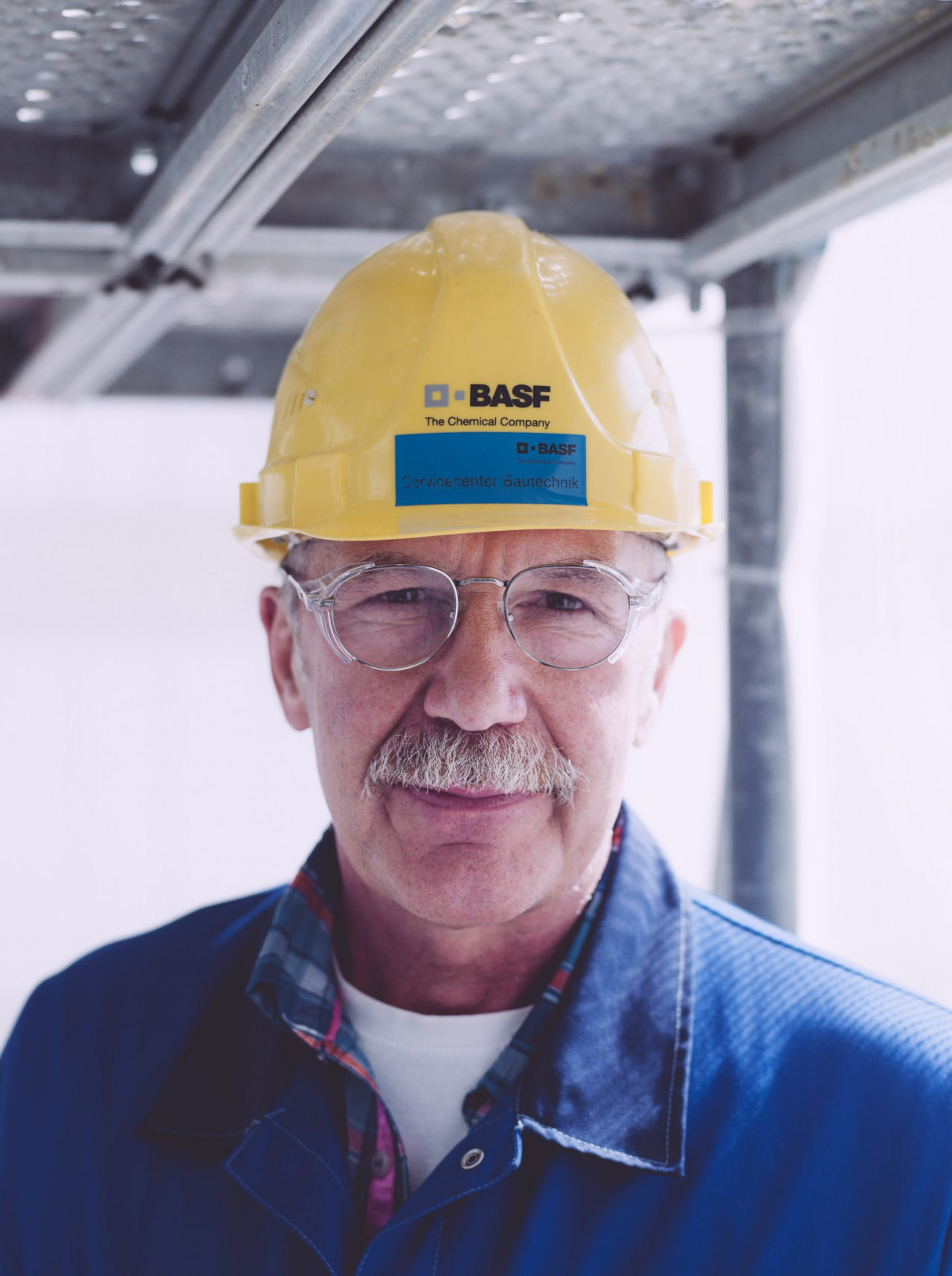 I DO NOT WORK FOR SEXIST RACIST  FASCISTS CONSTRUCTIONS FOR BASF